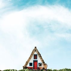Small houses and open sky, a series by photographer Sejjko. Each has a unique personality that feels intimate, welcoming and yet at the same time are in contrast to their stark surroundings. A reflective series that connects Sejkko to his feelings of home and childhood.  art, photography, architecture, homes, vernacular architecture, design, facade, exterior, landscape, project, Portugal, blog post