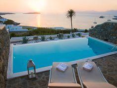 Mykonos Turu,Bill&Coo suites,yaşadığınızı hissedeceksiniz. https://www.hmctravel.com/mykonos-turlari