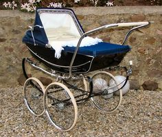 Solid Bringing Up A Child Advice For Happy Children Pram Stroller, Baby Strollers, Vintage Pram, Prams And Pushchairs, Dolls Prams, Uk History, Baby Buggy, Baby Prams, Baby Carriage
