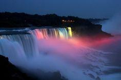 Niagara Şelaleleri (Kanada)