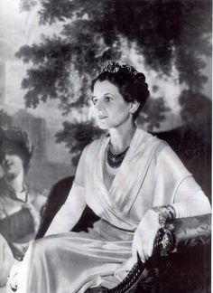 The Countess of Bessborough also had an earlier, belle epoque, diamond tiara made by Chaumet, which she also lent to Rose Kennedy