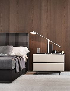 MORRISON Bedside table by Minotti design Rodolfo Dordoni