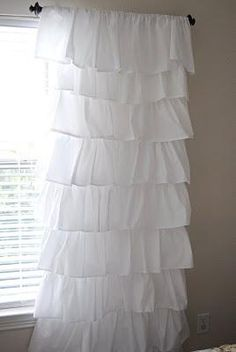 DIY Tutorial: DIY Curtains / DIY Ruffle Curtain - Bead. Gotta do this for the girls new room! If they turn out maybe make some for Charlottes room!