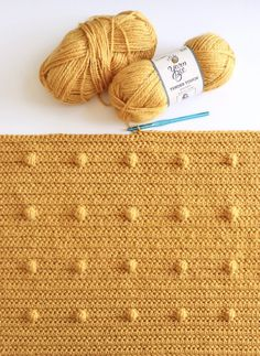 Crochet Even Polka Dots Blanket Hello, Hannah here, we've made a lot of different versions of blankets with polka dots, but a few weeks ago… The post Crochet Even Polka Dots Blanket appeared first on Daisy Farm Crafts. Crochet Yarn, Crochet Stitches, Crotchet, Crochet Twist, Yarn Bee, Farm Crafts, Bobble Stitch, Manta Crochet, Modern Crochet
