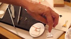 Susan Tierney-Cockburn demonstrates how to put together Country Scapes - Build a Snowman die set. For a detailed explanation on Susan Tierney-Cockburn's tech...