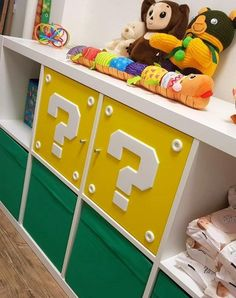This is a super mario block i remixed and designed to fit on IKEA shelf doors. To hide the infil lines print with infill pattern rectilinear and 3 top layers. Bedroom Themes, Kids Bedroom, Bedroom Designs, Bedroom Ideas, Universidad Ideas, Baby Room Ideas Early Years, Super Mario Room, Nintendo Room, Cool Kids Rooms