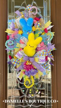 Easter Wreaths, Fall Wreaths, Christmas Wreaths, Easter Decor, Easter Crafts, Halloween Door, Spring Door, Bride Flowers, Spring Crafts