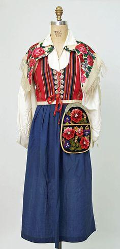 Swedish ensemble. Wool, 20th century.