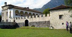 Villa castello di Lusa Belluno Dolomiti Veneto Italia