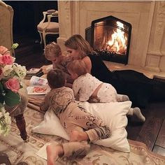 Find images and videos about goals, baby and family on We Heart It - the app to get lost in what you love. Cute Family, Baby Family, Family Goals, Cute Kids, Cute Babies, Baby Kids, Future Mom, Future Goals, Cute Baby Pictures