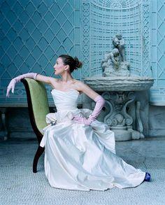 Sarah Jessica Parker wearing pink opera gloves.