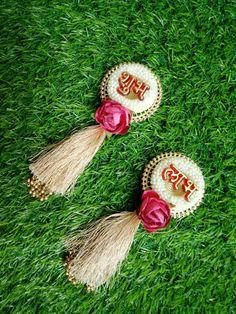Acrylic Rangoli, Handmade Rakhi, Diwali Craft, Paper Crafts, Diy Crafts, Diwali Decorations, Diy Art, Decorative Items, Christmas Ornaments