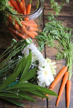 이미지 출처 http://www.personalcreations.com/blog/wp-content/uploads/2015/03/DIY-Easter-centerpiece-daisies-and-fresh-carrots-e1427478411632.jpg