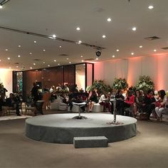 Quase começando nosso bate papo delícia com a querida @fernandafloret no maravilhoso @tivolihotels 🙀🙀🙀 Muita gente bacana, muitos parceiros para uma manhã cheia e conteúdo ❤️❤️❤️ #espalhandoamoreconteudo #tivolidreams #susanafujita #wedding #casamento #weddinginspiration