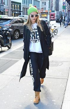 Timberland Boots Are Back: Rihanna, Cara Delevingne, Kanye West Suki Waterhouse's Favourite Shoes New Timberland Boots, Timberland Outfits, Urban Chic, Kanye West, Rihanna, Cara Delevingne Style, Fashion Mag, Fashion 2015, Outfits