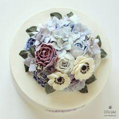 #flowerdome #buttercreamflowercake #koreanstylecake #ollicake #olliclass #olligram #blossom #bouquet #buttercreamflower #rose #peony #springcolors #weddingcake #partycake #birthdaycake #flowercupcake #버터크림플라워케이크 #올리케이크 #올리클래스 #올리그램 #동편마을 #꽃스타그램 #케익스타그램 #꽃다발 #꽃선물 #웨딩부케 #블러썸 #코티디가든 #since2008  www.ollicake.com ollicake@naver.com
