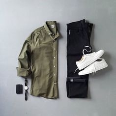 Men Casual Shirt Outfit 🖤 Very Attractive Casual Outfit Grid, Fashion Mode, Mens Fashion, Fashion Outfits, Men Fashion Show, Fashion News, Stylish Mens Outfits, Casual Outfits, Casual Attire, Casual Shirt