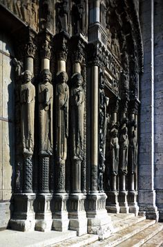 Jamb Statues At Chartres Cathedral | Gothic - Jamb Statues at Chartres Cathedral