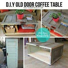 DIY Old Door coffee table. I planned on making a coffee table out of a door but didn't think about doing it like this. Old Wooden Doors, Old Doors, Cool Art Projects, Home Projects, Porta Diy, Door Coffee Tables, Recycled Door, Door Table, Do It Yourself Baby