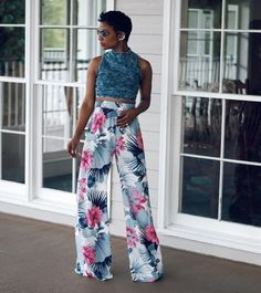 do it with a pair of floral pants! Classy Outfits, Chic Outfits, Girl Fashion, Womens Fashion, Fashion Design, Fashion 2018, Style Africain, Afro, Looks Street Style