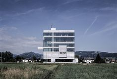 Headquarter System Industrie Electronic / marte.marte architects