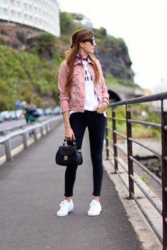 86c059418d Marilyn s Closet - FASHION BLOG  Pink Denim Jacket Black Jeans Outfit