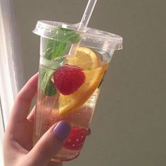 Image about aesthetic in Water Detox 🍹et boisson 🍸 by Steevens Cute Food, Good Food, Yummy Food, Think Food, Aesthetic Food, Cravings, Food Porn, Food And Drink, Tasty