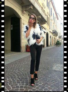....pronte per il vostro sabato di shopping?? :-) :-) ....vi aspettiamo in via caduti per la liberazione 12!!!  buona serata a tutti :-* :-* #stefanelvigevano #stefanel #moda #fashion #look #trendy #shopping #negozio #shop #woman #donna #girl #foto #photo   #instagram #instagood #instalook #vigevano #lomellina #piazzaducale #stile #style #abbigliamento #outfitoftheday #beautiful #chic #blondie