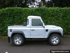 Used 2011 Land Rover Defender TD PICK UP for sale in Warwick | Pistonheads