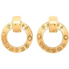 Chanel Vintage Hoop Clip-on Earrings ($849) ❤ liked on Polyvore featuring jewelry, earrings, metallic, clip back earrings, vintage earrings, gold tone jewelry, vintage clip earrings and chanel earrings