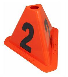 """"""" Visor Block Babel """" Sono ideali per individuare il veicoli in officina, a seconda della zona o dello Stato in cui il lavoro è completo. Per una corretta gestione e riconoscimento del parco auto, il sistema organizzativo interno di ogni officina .Consente l'individuazione immediata, anche a distanza, delle lavorazioni e dei controlli da effettuare sulle vetture e migliora la comunicazione agli operatori.Calamitato, numerati e impilabile con protezione UV. E può metterli all'ap..."""