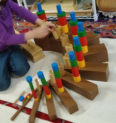 "The Amazing Montessori Sensorial ""Hands On"" Learning Materials - Kindergarten Montessori, Montessori Education, Montessori Classroom, Montessori Activities, Classroom Ideas, Head Start Preschool, Montessori Practical Life, School Projects, Art Projects"