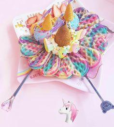 515 Likes 12 Feedback Unicorn Brandnicorn Cafe Unicorn Model on Instag Cute Desserts, Delicious Desserts, Yummy Food, Dessert Kawaii, Unicorn Cafe, Unicorn Party, Cute Baking, Unicorn Foods, Tumblr Food