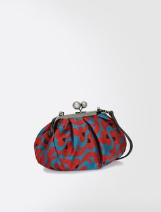 Weekend Max Mara DISEGNO rosso: Pasticcino clutch jacquard SPEDIZIONE GRATUITA Weight Bags, Frame Purse, Fabric Bags, Vintage Purses, Small Bags, Handmade Bags, Beautiful Bags, Evening Bags, Bag Making