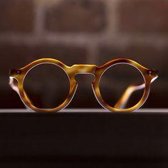 Spex appeal, Classic Round Frame Tortoise Shell Eyeglasses, Men's Spring Summer Fashion.