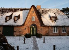 Typical north frisian thatched house #Sylt, North #Frisian Islands, Schleswig-Holstein, Germany
