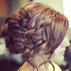 Idée coiffure : Chignon pour mariage, soirée ou cérémonie.   Wedding bridal flowers hair weddinghair style inspiration blond cheveux flower idea ideas tuto tutorial tutoriel diy