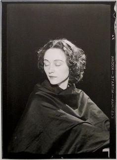 Nusch Éluard - PORTRAITS BY MAN RAY, 1921-1937