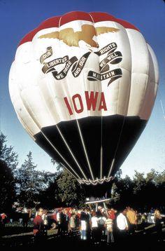 Iowa has some amazing hot air balloon festivals. Air Ballon, Hot Air Balloon, Amana Colonies, Sioux City, Iowa Hawkeyes, Iowa State, Covered Bridges, 6 Years, Great Places