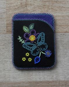 Ideas embroidery flowers pattern heart for 2020 Beaded Flowers Patterns, Native Beading Patterns, Beadwork Designs, Embroidery Flowers Pattern, Native Beadwork, Embroidery Monogram, Native American Beadwork, Hand Embroidery Designs, Beaded Embroidery