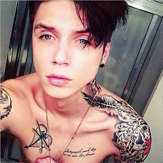 Andy Biersack Chest Tattoos andy biersack on pinterest andy biersack ... Andy Biersack Chest Tattoos