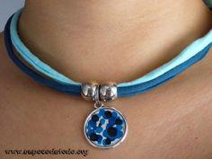 www.unpocodetodo.org - Collares de trapillo con colgante plateado - Collares - Trapillo