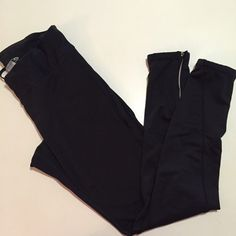 Champion Fleece Lined Running Pants These babies keep you nice and warm. Fleece lined inside. Zips at ankles. Reflective at ankles for night and early morning run. Size M. Zip pocket at back from keys. No Paypal. No trades. 10% discount on all bundles made with the bundle feature. No offers will be considered unless you use the make me an offer feature.     Please follow  Instagram: BossyJoc3y  Blog: www.bossyjocey.com Champion Pants Skinny