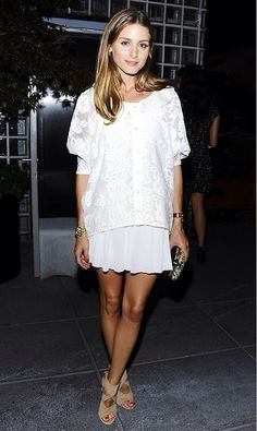 Olivia Palermo in Aquazzura heels Gray Skirt, Olivia Palermo Style, White Skirts, White Dress, White Tops, Summer Looks, Who What Wear, Outfits, How To Wear