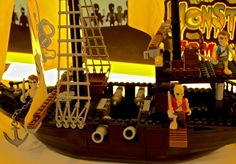 Pirate ship! #Famoclick #Monsters #Zombies #toys #juguetes