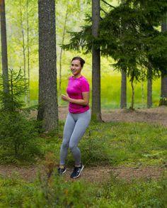 Fifty shades of green ja polkulenkki aloittaa tämän viikonlopun. Olen joskus tainnut sanoa  että tykkään luonnosta ja juoksusta. Tämän takia polkujuoksu on parasta - taulumaisema on ympärillä kaiken aikaa.  Mukavaa viikonloppua!  #juoksu #polkujuoksu #suunnistus #forest #nature #green #ktfall #weekend #running #training #metime #perjantai #trailrunning