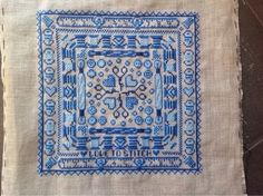 Made by Annemiek Delft, Stitching, Blue And White, Rugs, Crafts, Image, Beautiful, Costura, Farmhouse Rugs