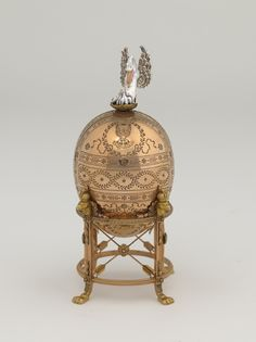 1898 The Pelican Egg  Gift: Emperor Nicholas II to his mother, the Dowager Empress Maria Fedorovna for Easter. Owner: Bequest of Lillian Thomas Pratt, Museum of Fine Arts, Richmond, Virginia.  Height: 29 cm