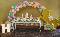 Unicorn dreaming for a first birthday party styled by @stylish_events_decorations Cake stand ...
