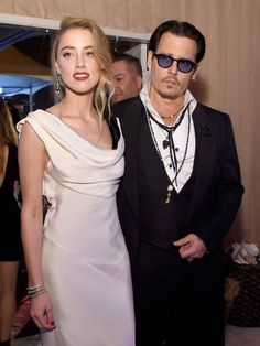 (18) Amber Heard  Narcisstic  Physchopathia  RAV DSM-5 manual   NIMH.   Transgender,  born male. when..  ?  come out RAV  and  tell your  surgery  story